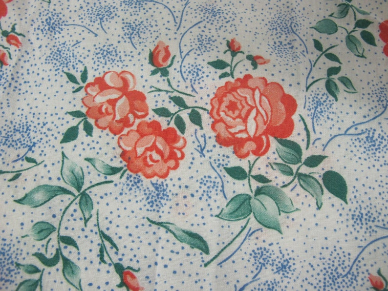 1940s Fabrics and Colors in Fashion Flour Sack Cotton Fabric Floral Fabric 1940 $35.00 AT vintagedancer.com