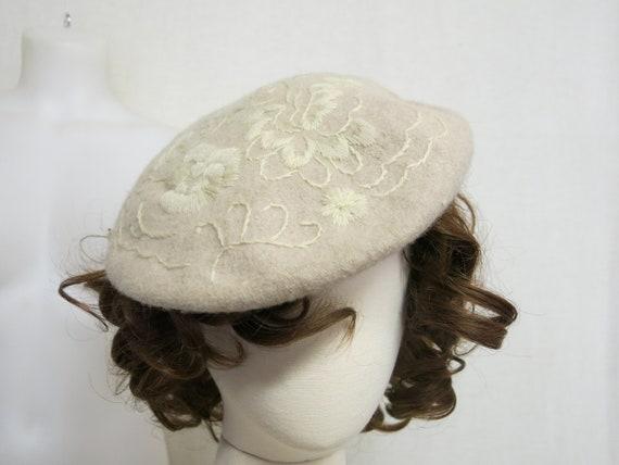 Vintage Beret Wool Beret French Style Beret Liz Cl