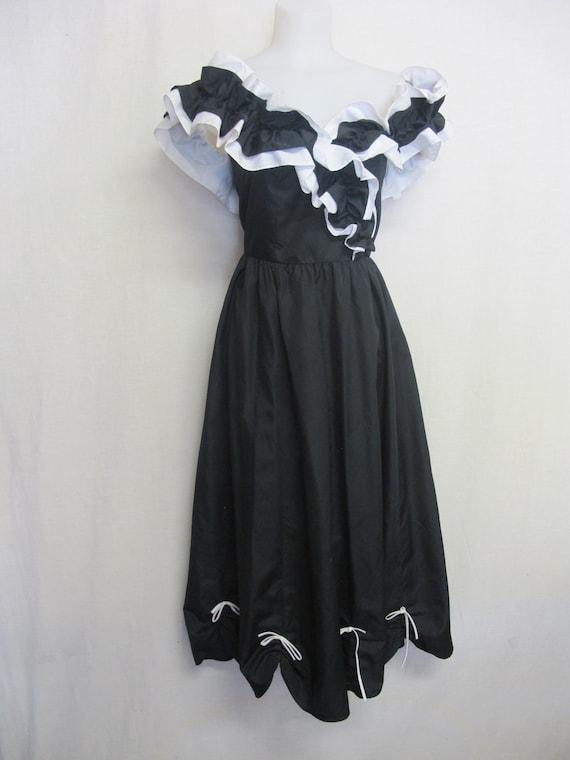 Off Shoulder Taffeta Dress Ruffle Party Dress Spec