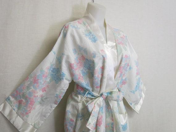 Kimono Robe APPEL Robe Satin Robe New without Tags