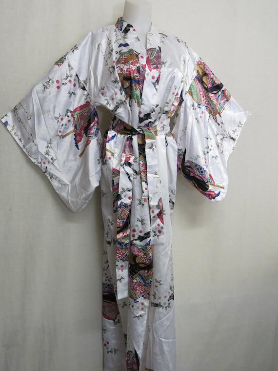 Japanese Kimono Robe 1980's Robe Floral Robe White