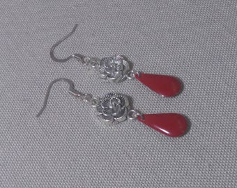 Silver flowers and Red sequin enamelled earrings