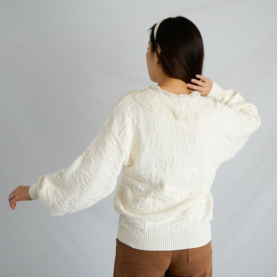 Vintage Lace Collar Sweater - image 2