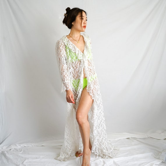 Vintage Lace Ruffle Dressing Gown
