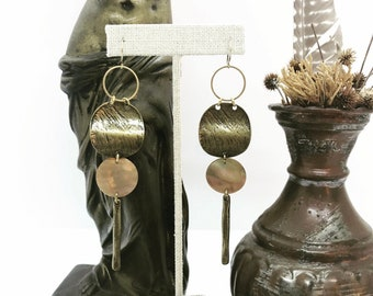 Eartha Earrings with Shell Circles and Brass Dangles / Seventies Goddess Collection