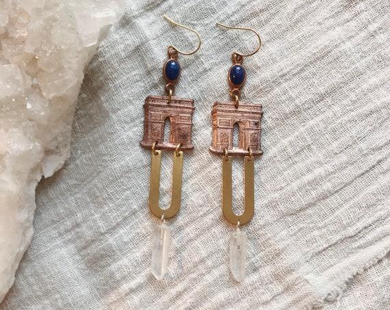Arch de Triumph Earrings with Quartz