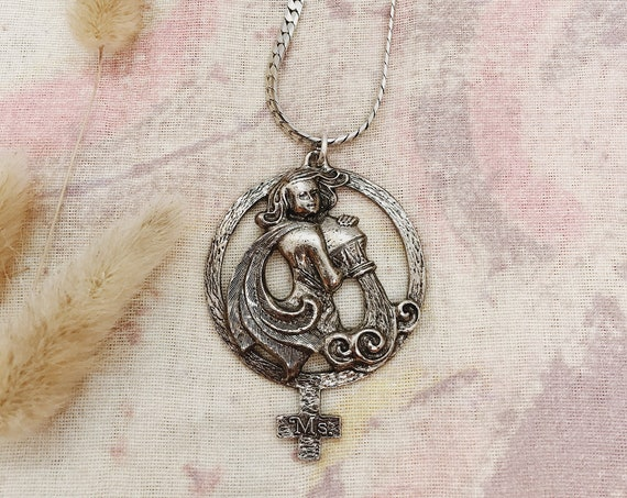 Aquarius Zodiac Necklace with Venus Sign
