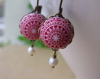 Morocco Domes . earrings , structure,red,white,vintage,earrings,summer,marrocan,