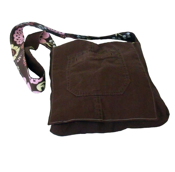 Messenger Bag, Cross Body Bag, récupéré de Cargo pants - Dasrk Brown avec fleur doublure