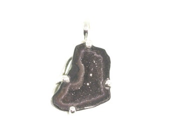 Natural Geode Druzy Crystal Stone Pendant, Black and Gray Geode Pendant, Geode Jewelry, Gemstone Jewelry, Unisex