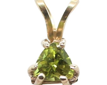 Natural Peridot Pendant, 14KT white-gold, August Birthstone, August Birthday, Peridot Pendant, Natural Peridot Stone, gift for her