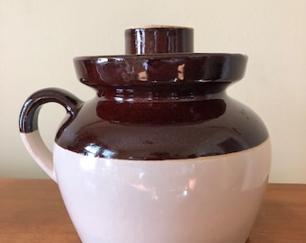 1930's Robinson Ransbottom Pottery Co Earthenware Bean Pot with Lid Roseville, OH