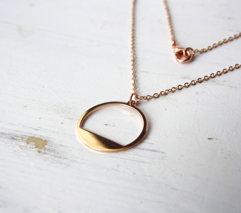 gold-plated necklace C66 Rose gold circle