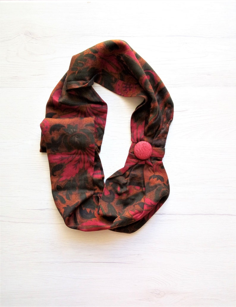 Infinity loop scarf women woolen scarf necklace unique image 0