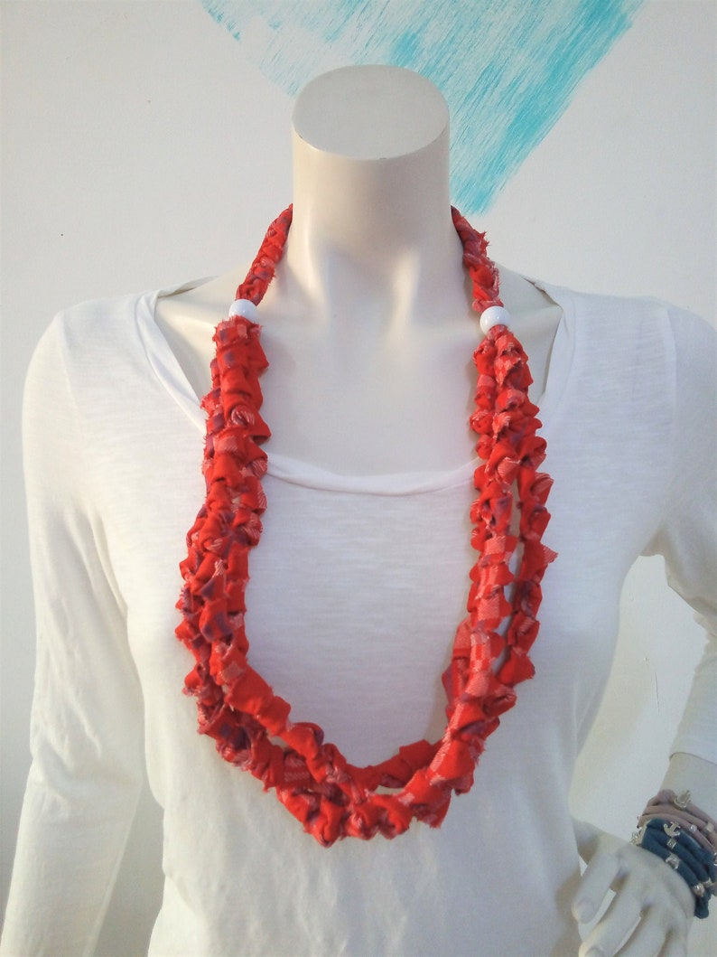 Red tartan T shirt necklace braided linen necklace for women image 0