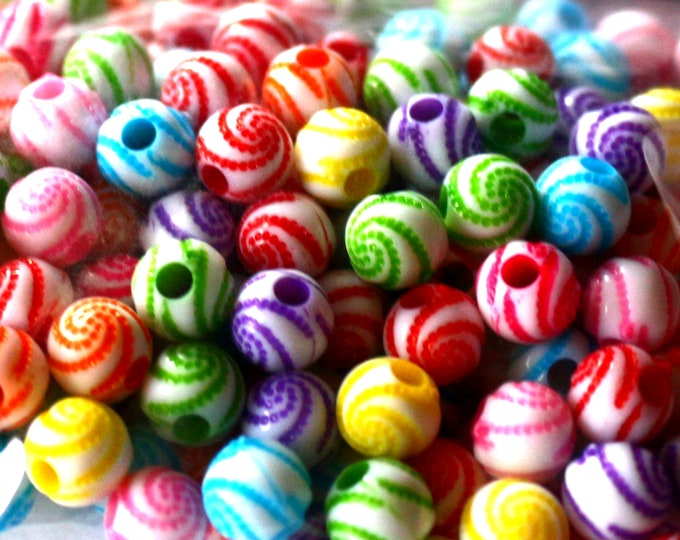 Pack of 150 Assorted Colours Round Plastic Stripe Beads. 8mm Spacers.