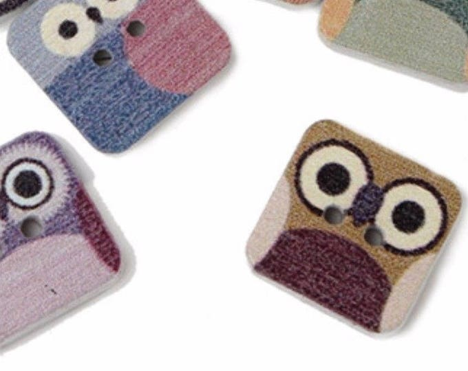 Pack of 50 Square Assorted Wood Owl Buttons. 15mm Animal Theme Wooden Accessory