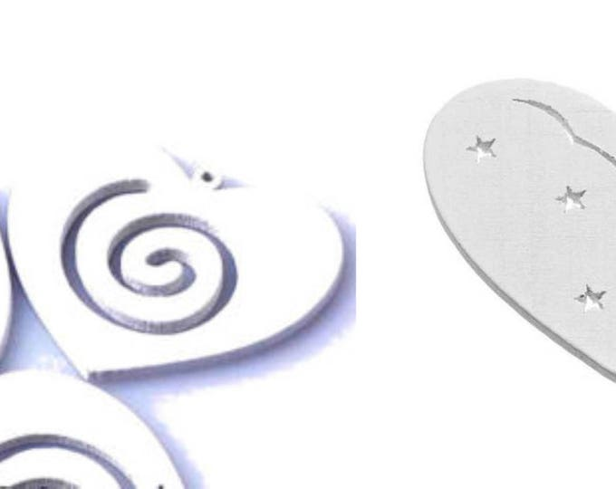 Pack of 50 Xmas White Wood Heart Appliques. 3cm Christmas Wooden Cuts.