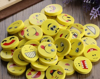 20 or 40 assorted 14mm wood emoji face beads  crafts jewellery embellishment