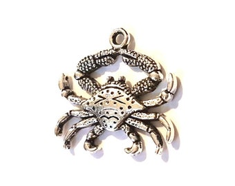 CLEARANCE Pack of 20 Silver Crab Charms. Ocean Seaside Nature Cancer Zodiac Sign. 24mm x 23mm