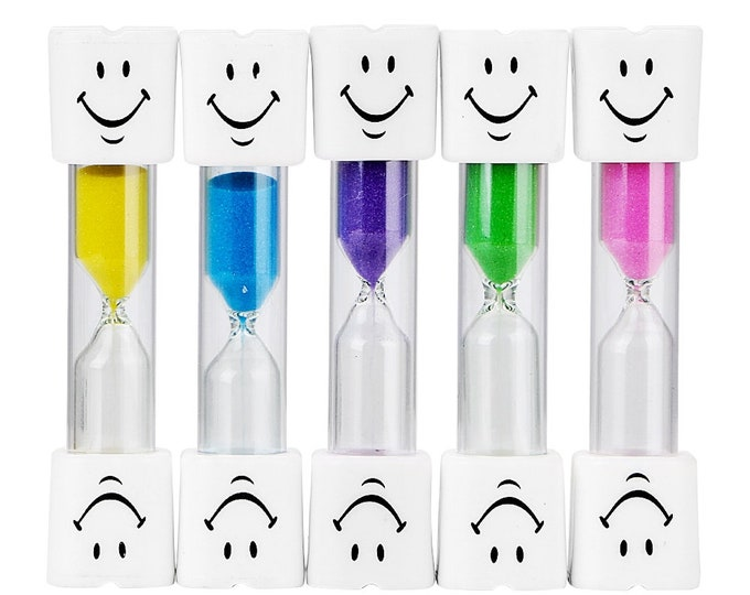 3 Minutes Hourglass Sand Timer Clock. Different Colours Egg Timer. Countdown For Brushing Kids Teeth