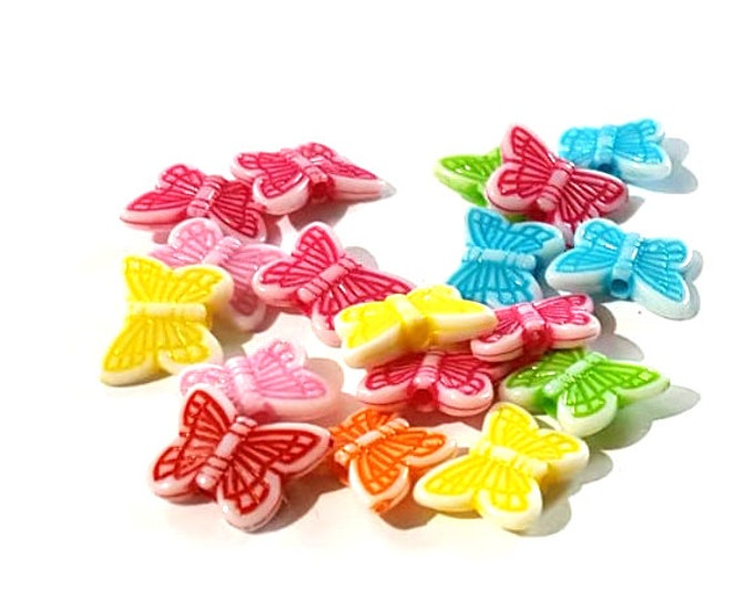 CLEARANCE Pack of 140 Assorted Colours Acrylic Butterfly Beads. Animal Nature Charms. 11mm x 14mm