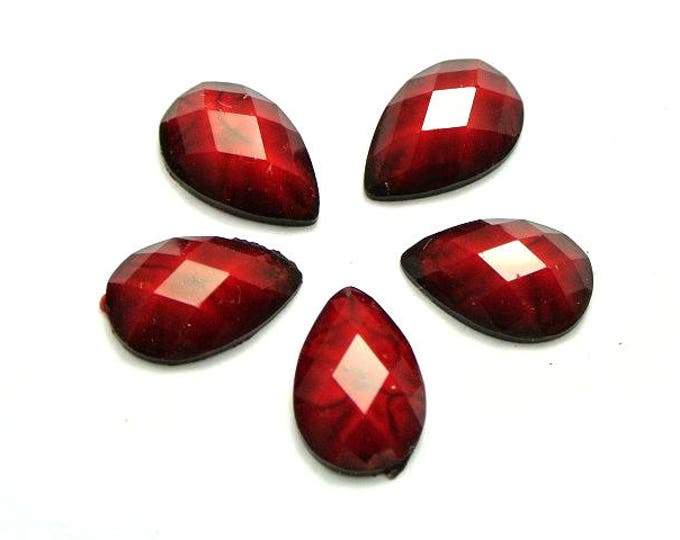 Pack of 200 Mini Red Teardrop Flatback Cabochons. Acrylic Imitation Gemstones. 10mm x 7mm
