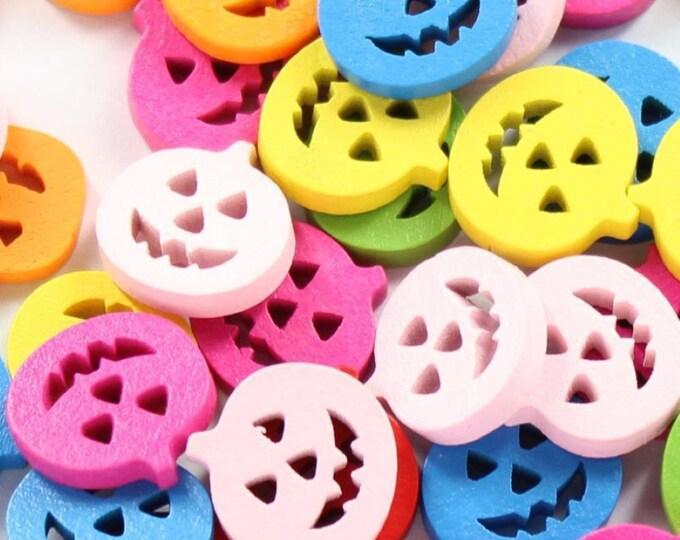 Pack of 50 Assorted Colours Wooden Pumpkins. 17mm Flat Halloween Buttons