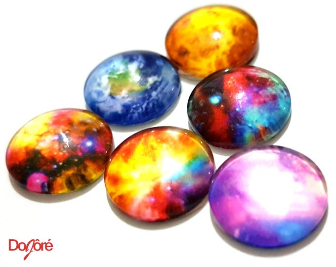 Pack of 20 Assorted Round Cabochons. 11mm Diameter Imitation Gems.