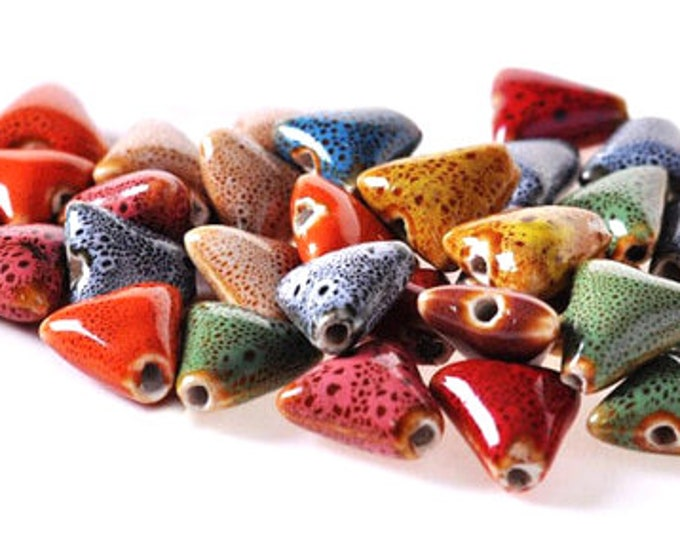 Pack of 25 Triangle Glazed Ceramic Beads. Different Colours. 16mm Multicoloured Spacers