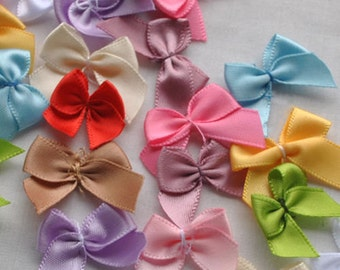 Pack of 50 Mini Ribbon Bow Appliques. Different Colours Available. Clothing and Xmas Crafts