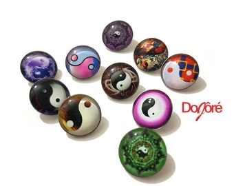 Pack of 20 Round Yin and Yang Glass Snap Buttons. 18mm Clothing Fasteners