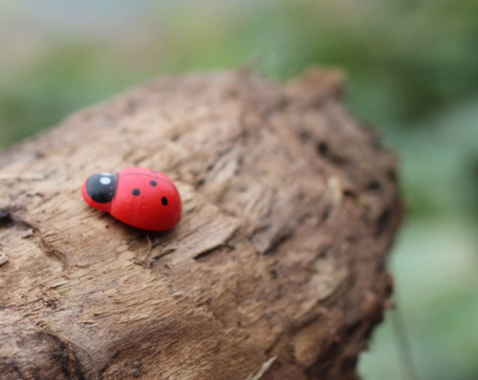 Pack of 100 Red Wooden Ladybird Sticker. Different Quantities. Wood Scrapbooking Animal and Nature Theme