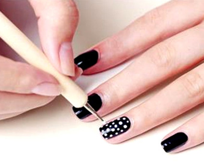 Pack of 5 Plain Design Dotting Wood Nail Art Sticks. Double Ended Wooden Tools With 10 Different Sizes