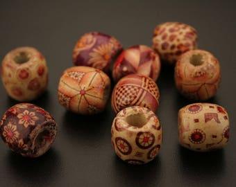 20 printed wood beads. (ref:3265).