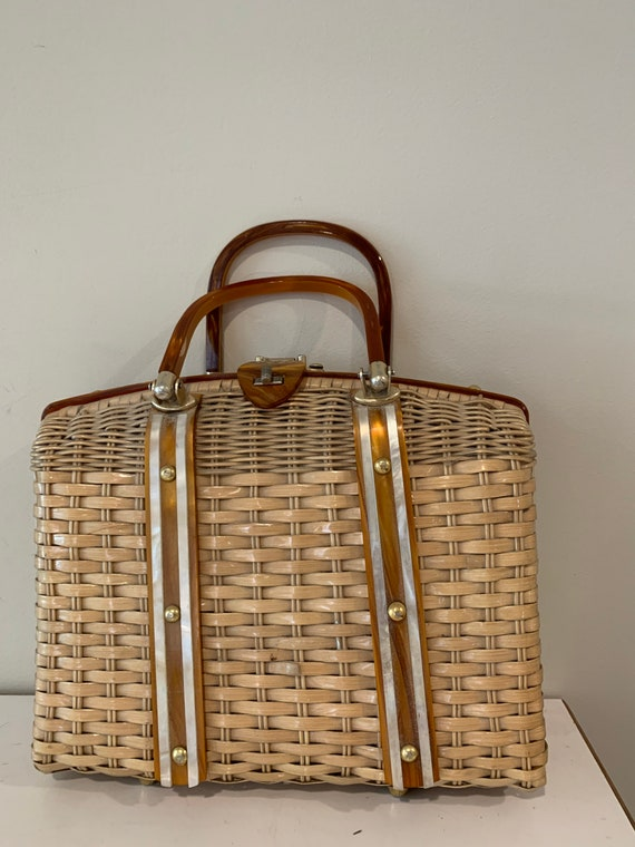 Stylecraft Wicker vintage hand bag.