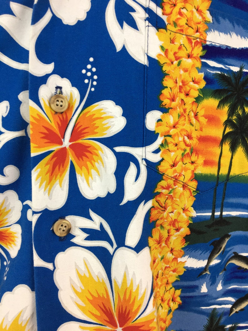 Vintage 70s 80s HAWAIIAN Button-Down Pocket Shirt XL  Aloha  Vacation  Island  Dolphins  Lei  Dad  1970s  Floral  RJC