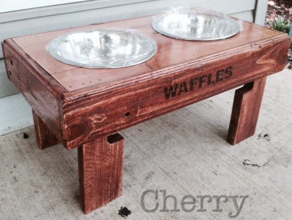 Stupendous Reclaimed Rustic Pallet Furniture Dog Bowl Stand Pet Feeding Station With 2 Brand New Stainless Steel Bowls 21 L X 11 W X 11 T Cjindustries Chair Design For Home Cjindustriesco