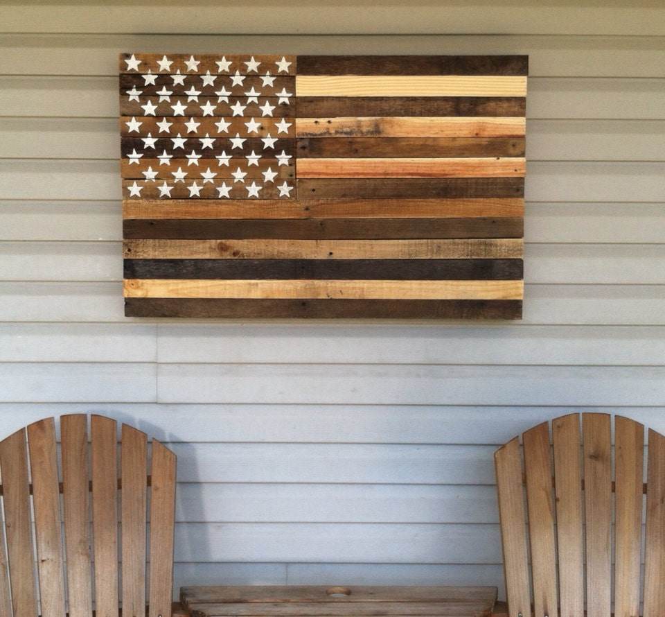 zoom Reclaimed pallet american flag hanging wall