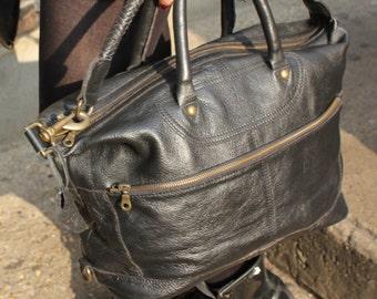 Gertrude Small Tote and Cross body In Black Holdall