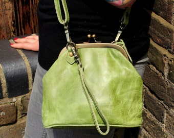 Evanna Clutch Clip Bag With Floor Apple Green Leather