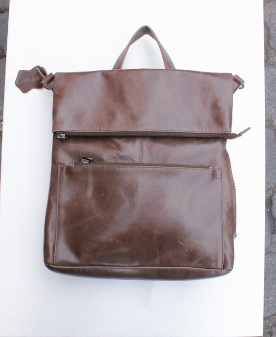 Vintage  CLAVA natural tan leather backpack rucksack large distressed Colombia