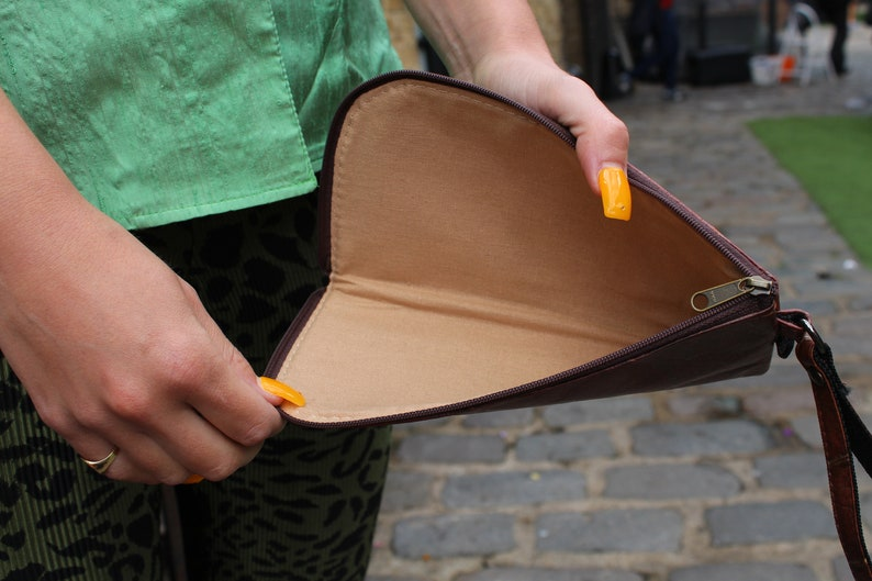 Sunglasses or Glasses Case Teakleaf Brown Vegan Sustainable for all the Eco-aware people in the world
