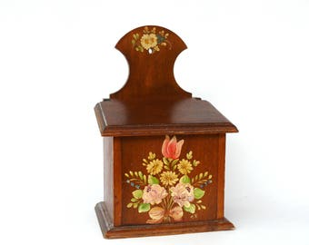 Vintage French Wooden Salt Box, Hand Painted Flowers Salt Holder, Kitchen Box, Vintage Salt Jar with Wooden Lid, Coupon Storage Box