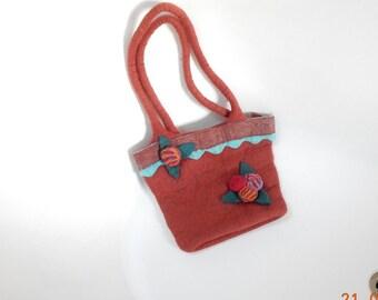 Cute Felted Handbag with Flowers