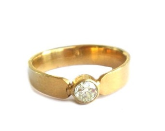 Narrow gold-plated ring Gr. 57, gold plated band with narrow stone US size 8.0 UK size P 1/2
