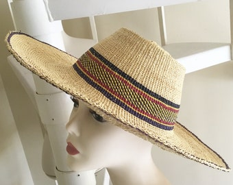 Vintage Wide Brim Straw Hat   Retro   Boho   Beachy   Hippie   Sun Hat    Accessories 3a4efff2043a