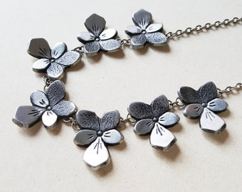 """Rune Ottosson, Romantic Pewter Collier Necklace, """"Pansies"""", Sweden, 1970s (F1111)"""