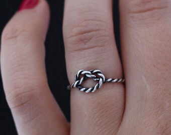 Love knot ring.Sterling silver sailors knot ring