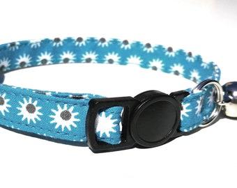 Crazy Daisy breakaway collar